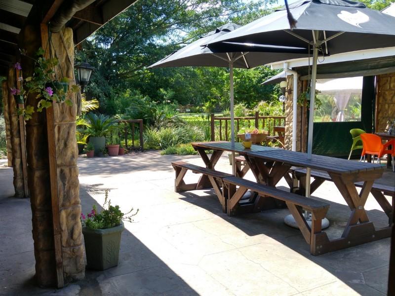 Wild-Fig-Cafe-Oribi-Gorge-Hotel-Terrassen