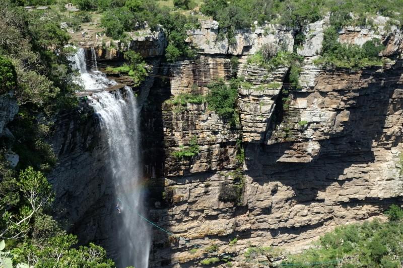 Suedafrika-Oribi-Gorge-Wasserfall