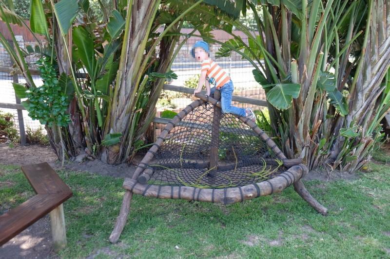 Klettergerüst Kleiner Garten : Octopus garden mit garten und klettergerüsten elternzeit
